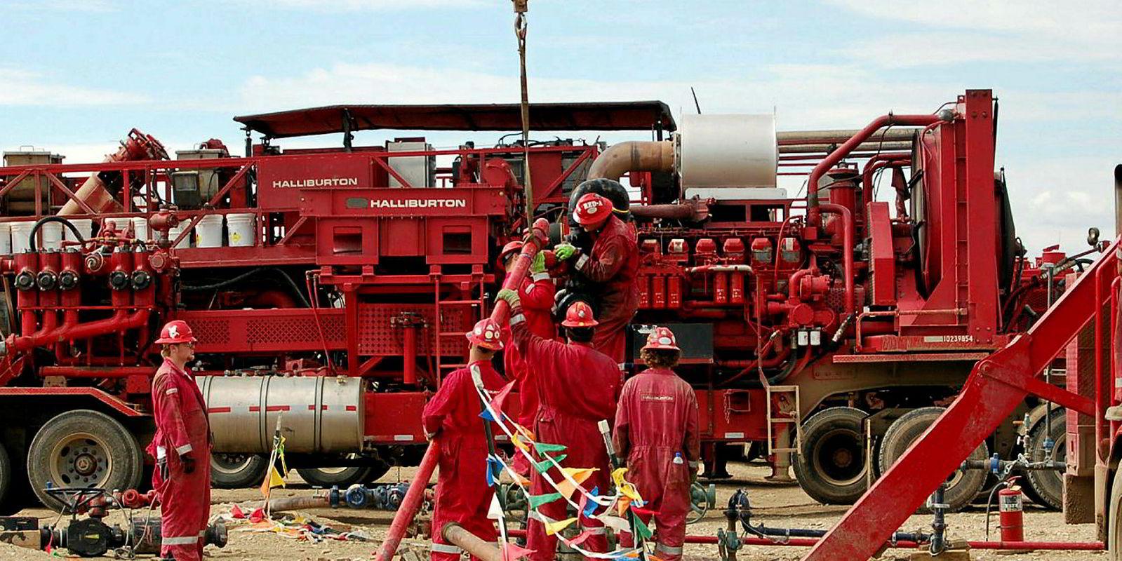 Halliburton workers offshore
