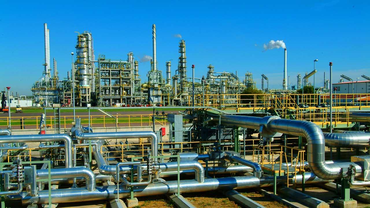 Nigeria-Oil-refineries