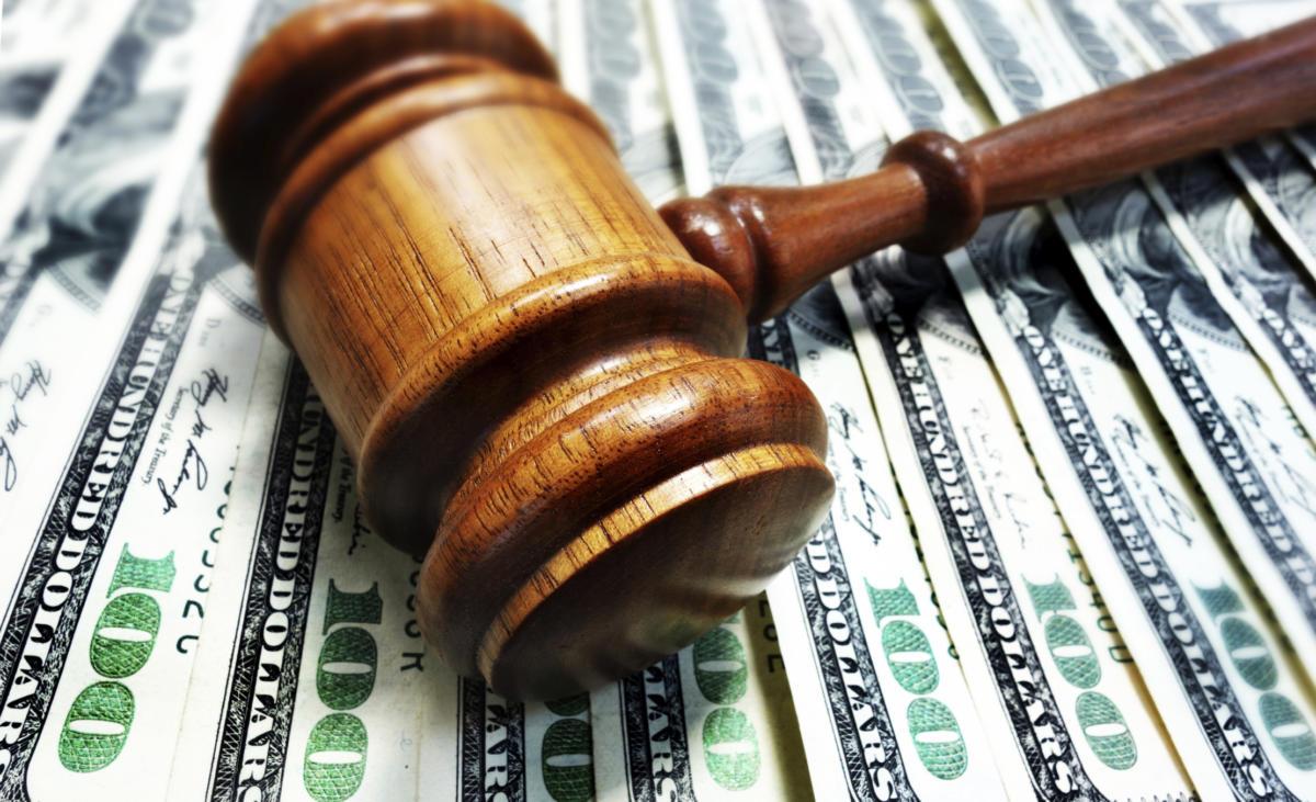 lawsuit-judge-law-court-decision-sued-money